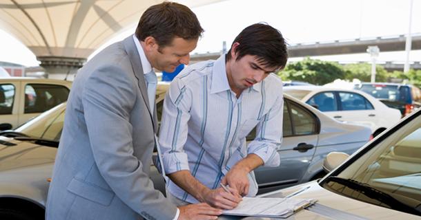 Стоит ли сдать автомобиль на комиссию в Кирове (продать через автосалон)?